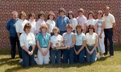 1985 Pickford girls track team